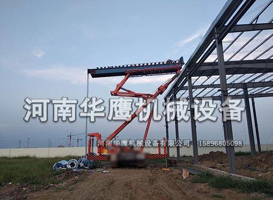 广西举升17米履带式高空压瓦机施工